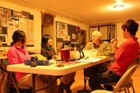 夜のミーティング